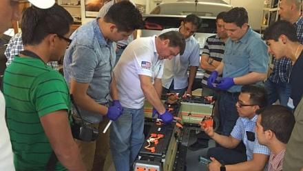 Módulo Introductorio Presencial en Tecnología de Vehículos Híbridos y Eléctricos