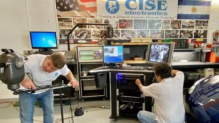 Training TESLA en USA