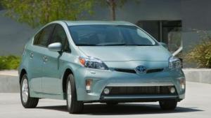 Prueban el Toyota Prius Plug-in 2012
