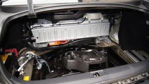 Toyota y BMW fabricarán baterías ecológicas